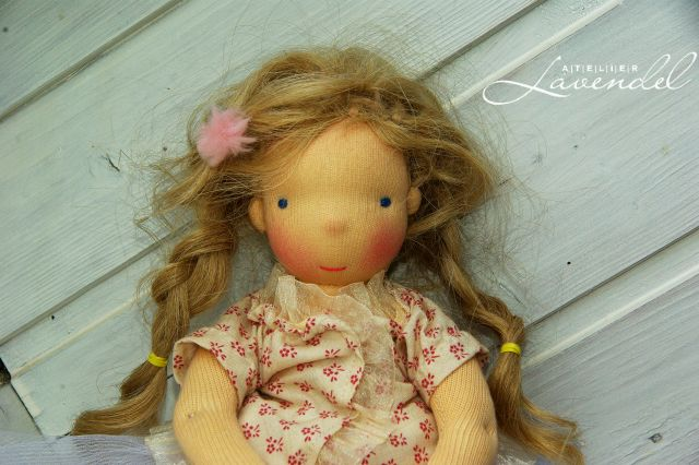 Waldorf fairy doll: meet Honey, Waldorf fairy doll. One of a kind handmade dolls by Atelier Lavendel. Handmade in Germany