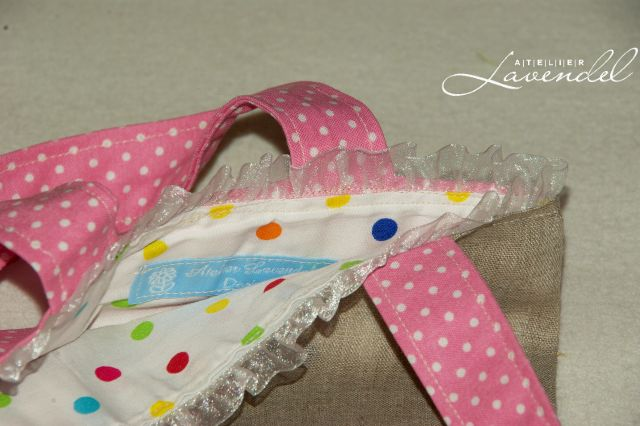 Handmade children tote bags: the little girl tote bags, ECO friendly, lovingly handmade by Atelier Lavendel.
