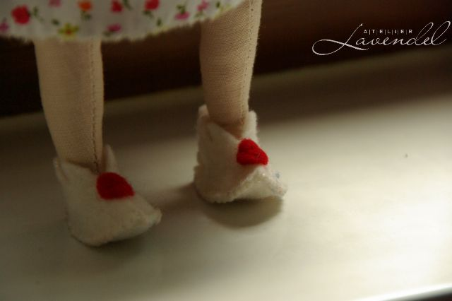 Natural ooak cloth dolls, lovingly handmade by Atelier Lavendel. Handcrafted in Germany.