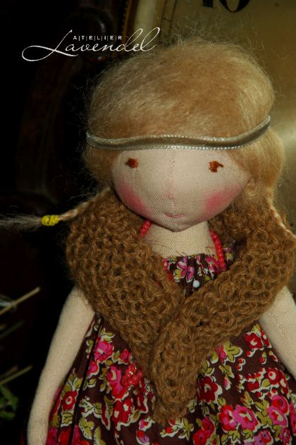 Art cloth dolls for sale. Handmade by Atelier Lavendel