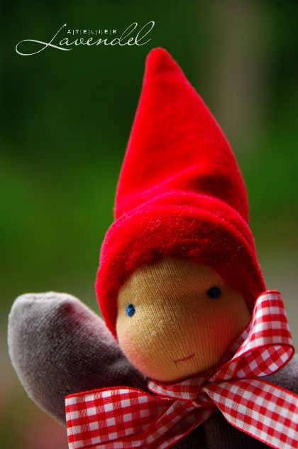 Handmade Waldorf Gnomes by Atelier Lavendel.