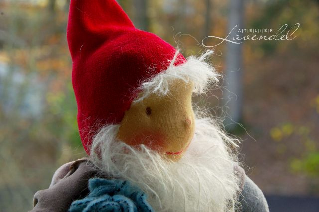 handmade waldorf gnome by Atelier Lavendel
