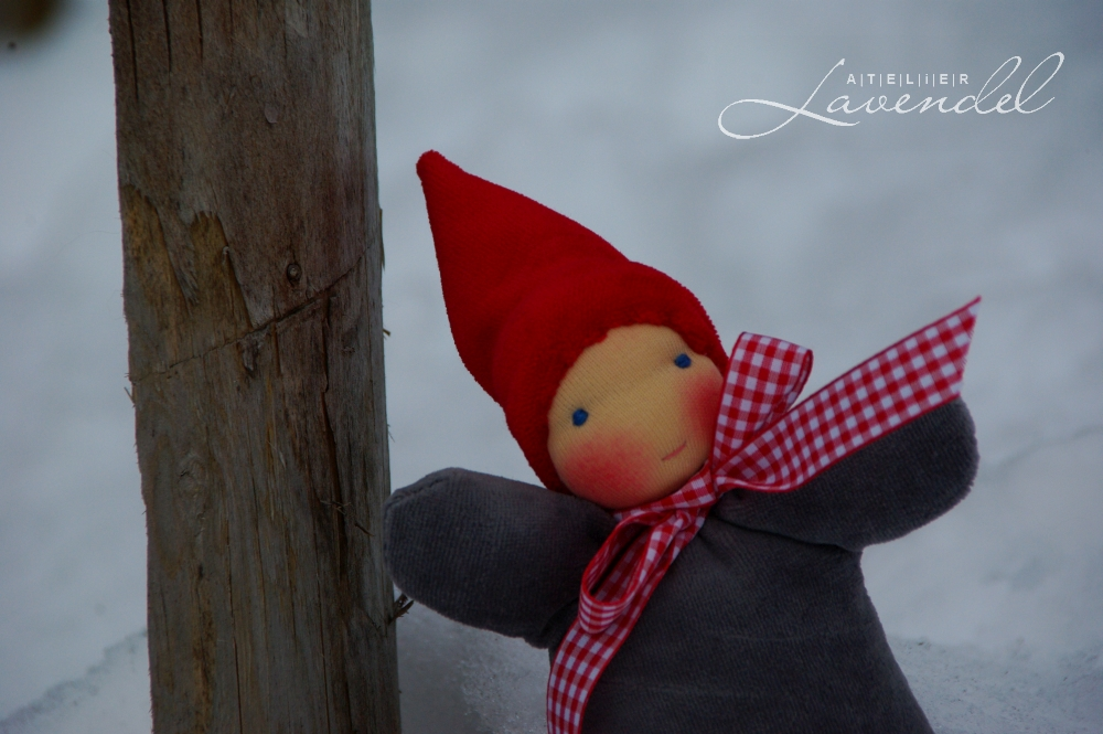 Waldorf cuddle doll gnome, lovingly handmade by Atelier Lavendel, using organic, all natural materials. Handmade in Germany.