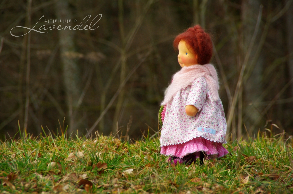 natural fibres art dolls handmade by Atelier Lavendel are created with lots of love and care, using natural organic high quality materials. Handmade in Germany.