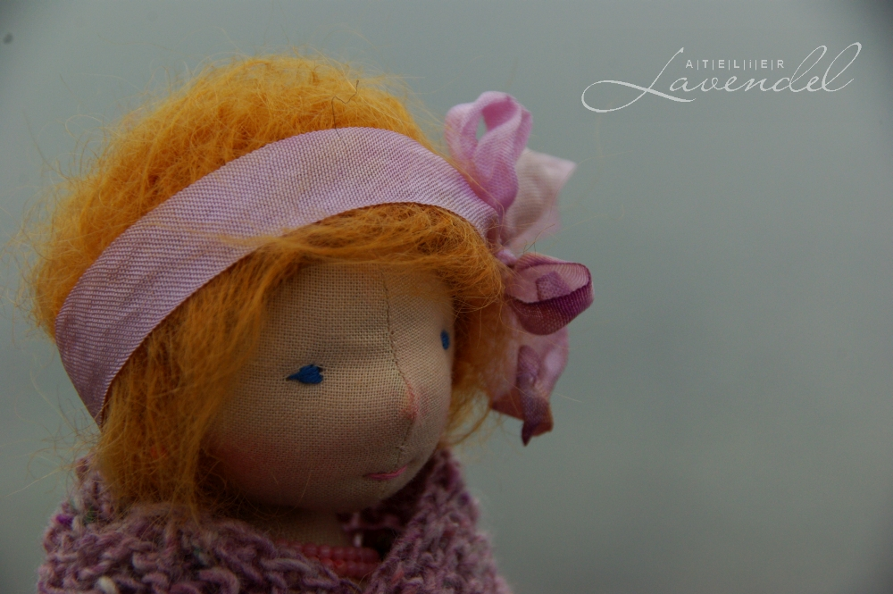 ooak cloth doll eco friendly: meet Leonie, handmade by Atelier Lavendel with lots of love and care using all natural organic materials. Waldorf Inspired. Handmade in Germany.