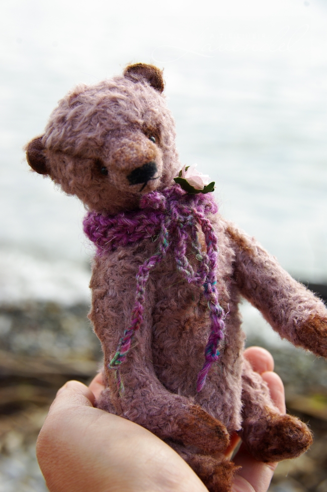 ooak artist bear: meet Mr. Lilac Cavalier, handmade with lots of love and care using beat quality natural materials.