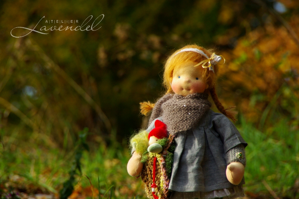 ooak Waldorf dolls handmade: meet Tonya and Swenn by Atelier Lavendel. Lovingly handmade using organic high quality materials, ready to play.