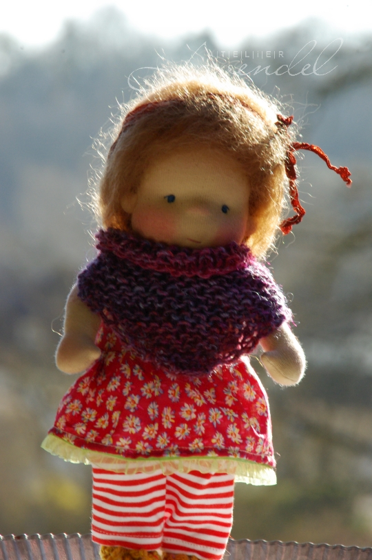 natural Waldorf play doll: meet Nell, all natural doll, standing 9 inches, lovingly handmade with lots of love and care. Handmade in Germany.