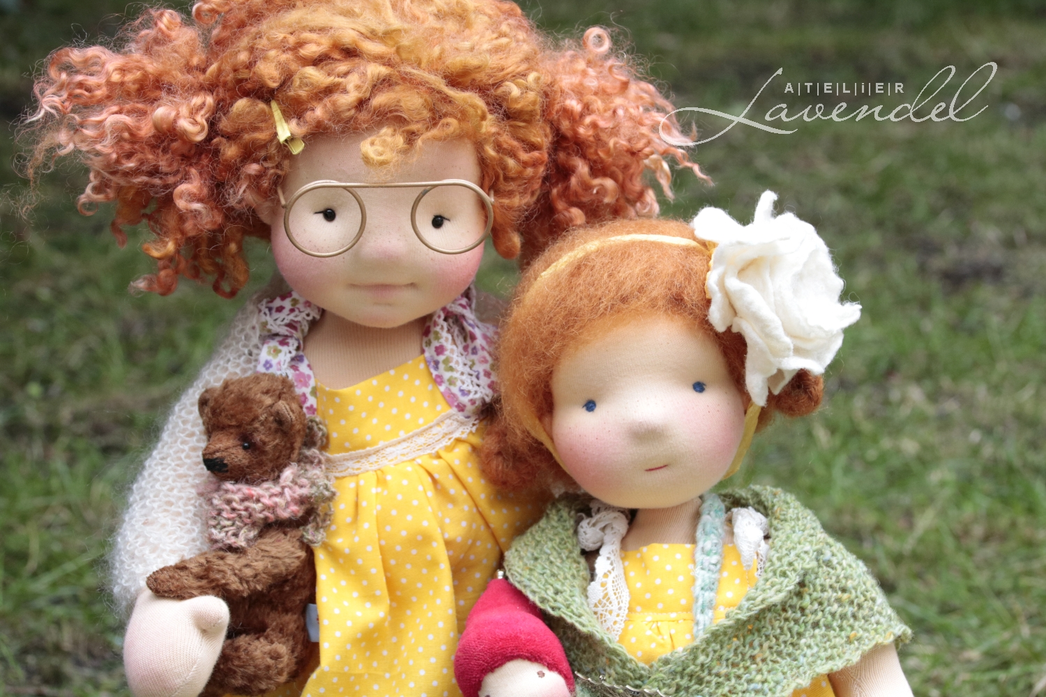 Atelier Lavendel dolls: Last preparations to be done before the European Waldorf Doll Seminar starts. Waldorf inspired dolls. handmade in Germany.