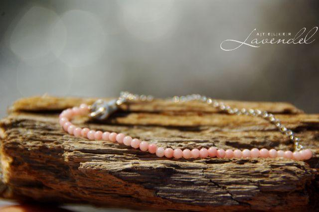 Handmade genuine gemstone bracelet. Handcrafted in Germany