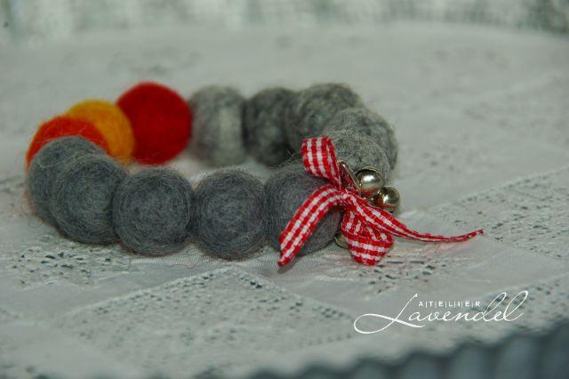 Felt ball bracelets, handmade by Atelier Lavendel.