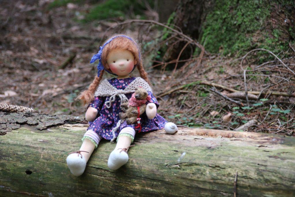 Natural Fiber Doll by Atelier Lavendel